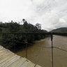 Puente colgante sobre el Río Bomboiza