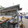 Tukang Gorengan, Street Food, Kota Station, Jakarta